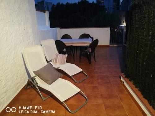 una de las terrazas del apartamento en figueres cerca del museo dali
